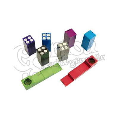 "Magnetic ""click\"" pipe various colours 7 cm 4"